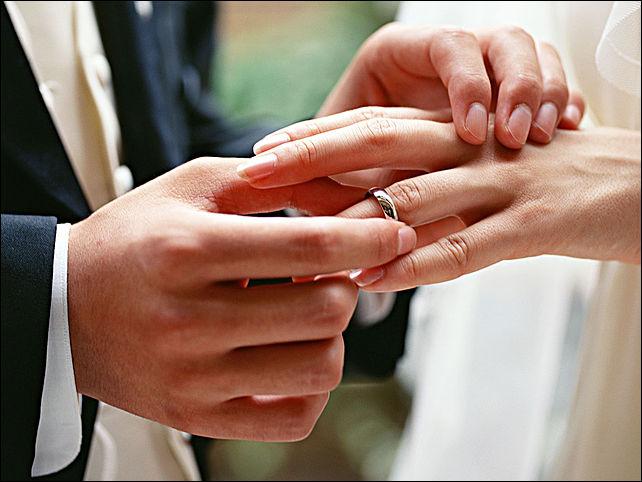 Выбрать обручальные кольца в ювелирных магазинах Пятигорска