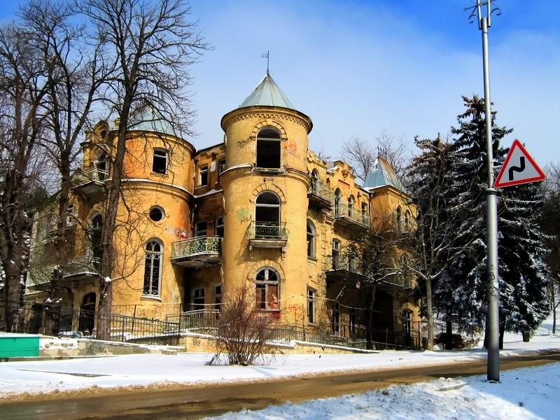 Какие уникальные здания есть в Пятигорске